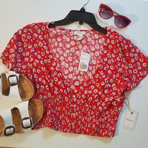 NWT Forever 21 floral crop top.